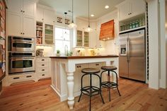 Traditional U-shaped White kitchen, white cabinets