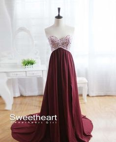 Browse our selection of maroon chiffon prom dress! Browse our beautiful collection of maroon chiffon prom dress A wide range of playful, creative Simple Dresses, Pretty Dresses, Beautiful Dresses, Formal Dresses, Evening Dresses, Dresses 2016, Dresses Dresses, Maternity Dresses, Dresses Online