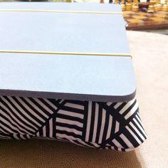 Suporte para notebook facinho de fazer – apartamentoterapia Bags, Throw Pillows, Handbags, Bag, Totes, Hand Bags