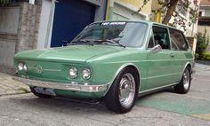 Volkswagen Brasilia | < 800° Brasil https://de.pinterest.com/oliveraberle/brazilian-classic-cars-carros-cl%C3%A1ssicos-do-brasil/