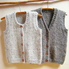 A classic vest for women, men, teens & kids. Calidez Vest is knit bottom up with. A classic vest for women, men, teens & kids. Calidez Vest is knit bottom up with. Baby Knitting Patterns, Knitting For Kids, Lace Knitting, Knitting Designs, Toddler Vest, Kids Vest, Baby Pullover, Baby Cardigan, Ravelry