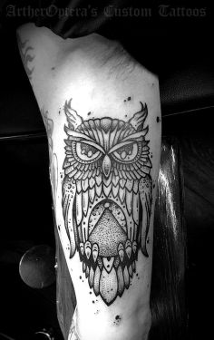An simple owl tattoo on the arm. #tattoos #tattoos #owl #arm #arms #triceps #muscle #ink #inked