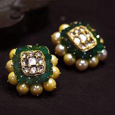 Pick beautiful and the latest range of Wedding Earring Online in India. Buy chandbali, jhumki, studs at best price range. Bridal Earrings, Bridal Jewelry, Gold Jewelry, Gold Earrings Designs, Gold Designs, Jad, Indian Wedding Jewelry, India Jewelry, Jewelry Patterns