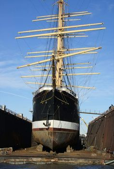 "Four-masted barque ""Peking"" in dry dock Old Boats, Sail Boats, Legend Of The Seas, Old Sailing Ships, Ship Names, Wooden Ship, Tall Ships, Water Crafts, Cool Pictures"