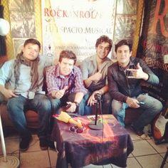 """@rockanrolario's photo: """"Rosslyn en entrevista. www.rockanrolario.com"""""""
