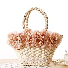 straw handbags with flowers - Cerca con Google