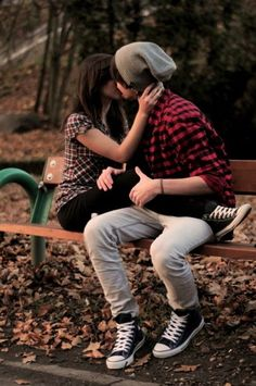 Simple and cute the relationship i want cute emo couples, cute couples, emo Cute Couples Hugging, Cute Emo Couples, Cute Couples Teenagers, Cute Couples Texts, Cute Couples Cuddling, Cute Couples Goals, Romantic Couples, Snuggling Couple, Scene Couples