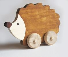 Wood toy Hedgehog Push Toy Waldorf Ecofriendly por Imaginationkids, $15,00