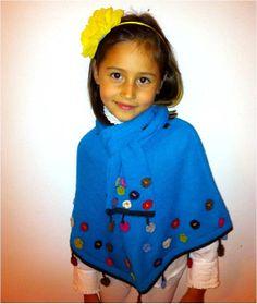 Blooming Cape Poncho/ Baby Alpaca/ crochet by MondinCompany, €125.00