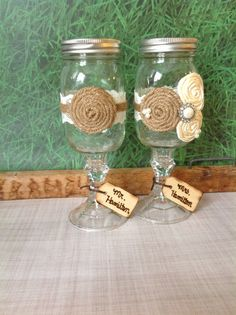 bride and groom mason jar WEDDING GLASSES/ burlap wedding , barnyard wedding / wine glasses