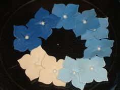 Buy instead of make!!   Gum Paste Hydrangea Single Flowers with Edible Pearl Center
