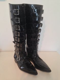 Jason 10 Buckle Winklepicker Boots in Black Patent Leather – The Gothic Shoe Company Handmade Winklepickers