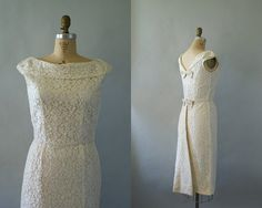 Vintage 1950s Wedding Dress  50s Ivory Lace by Sweetbeefinds