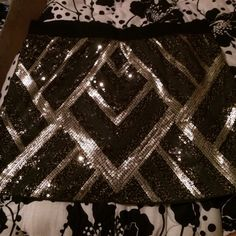 Sequin skirt- party wear!!🎉 Gold/black/brown metallic skirt. Excellent condition, worn maybe 2x. Skirts Mini