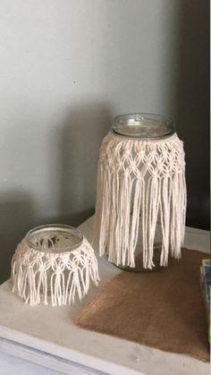 Etsy Macrame, Macrame Art, Macrame Design, Macrame Projects, Macrame Plant Hanger Patterns, Macrame Patterns, Deco Floral, Decorated Jars, Macrame Tutorial