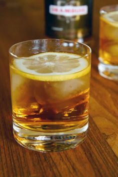 8 Essential Whiskey Drinks You Need to Know How to Make