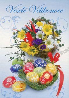 Crocheted Flowers, Happy Easter, Christmas Bulbs, Holiday Decor, Drawings, Eggs, Crochet Flowers, Happy Easter Day, Christmas Light Bulbs