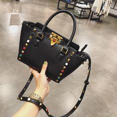 43.06$  Watch now - http://ali5bz.worldwells.pw/go.php?t=32749051257 - Retro fashion handbag bag 2016 new Satchel Bag Shoulder Bag Handbag female female wings rivet bag 8 43.06$