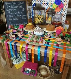 Chá de Fralda Junino: dicas para fazer uma linda festa estilo arraial - Chá de Bebê - EuNenem.com Fiesta Party, I Party, Party Time, Party Decoration, Wedding Decorations, Diy Photo Backdrop, Diy And Crafts, Crafts For Kids, Mexican Party