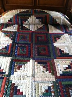 Lancaster County Amish Hand Quilted King Log Cabin Quilt #370