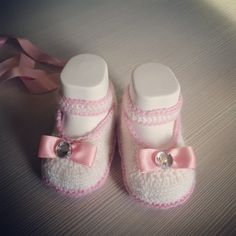Scarpine uncinetto neonata