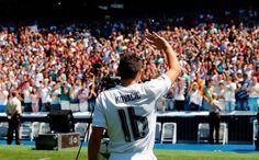 """Kovacic si presenta: """"Sono nel più grande club al mondo, ringrazio l'Inter per ciò che ha fatto"""" - http://www.maidirecalcio.com/2015/08/19/kovacic-si-presenta-sono-nel-piu-grande-club-al-mondo-ringrazio-linter-per-cio-che-ha-fatto.html"""