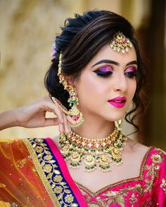 [New] The 10 Best Eye Makeup Ideas Today (with Pictures) - Beautiful makeover by and the Unique blend salon team Book your makeover with Aayushi patel call now on 9825323002 Photography Model Outfit Jwellary Bridal Makeup Images, Bridal Eye Makeup, Bridal Makeup Looks, Bride Makeup, Bridal Beauty, Indian Wedding Makeup, Indian Bridal Outfits, Indian Wedding Hairstyles, Indian Bridal Fashion