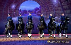 APASSIONATA Tour 2012/2013 - Petra Geschonneck geht mit ihren Friesen auf eine mystische Reise.