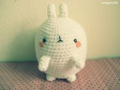 Molang the fat rabbit; free amigurumi pattern!