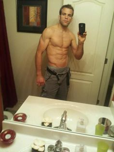 """Check out UFC Fighter Ryan Jensen 's Body by Vi 90 Day Challenge Results! Rocking.     """"Last time I weighed 175lbs I was a freshman in highschool! My goal was to get in the 170's and compete thanks to Body By Vi shakes I'm skinny ready to rock."""""""