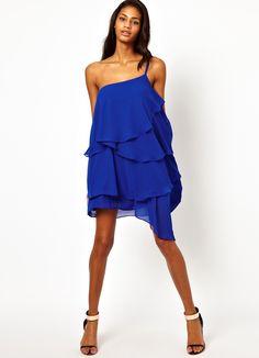 Летние платья с рюшами, новые коллекции на Wikimax.ru Новинки уже доступныhttps://wikimax.ru/category/letnie-platya-s-ryushami-otc-35073