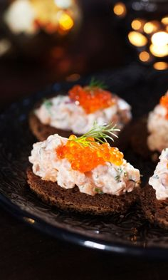 Lohimousse | Maku Finnish Recipes, Great British Chefs, Afternoon Tea, Bon Appetit, Food Inspiration, Chili, Food And Drink, Appetizers, Gourmet