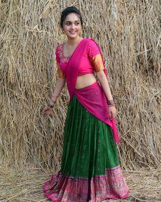 Beautiful Girl In India, Beautiful Girl Body, Beautiful Blonde Girl, Beautiful Women Pictures, Beautiful Saree, Beautiful Indian Actress, Beautiful Asian Girls, Half Saree Designs, Beauty Full Girl