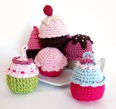 Free Basic Cupcake Crochet Pattern