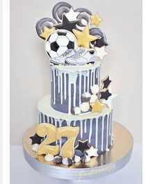 Trendy birthday cake for boys football Sports Themed Cakes, Sport Cakes, Soccer Cakes, Drizzle Cake, Drip Cakes, Cakes For Boys, Buttercream Cake, Cake Creations, Cake Designs