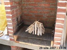 Cuptor de grădină - Capisci Outdoor Fireplace Patio, Outdoor Kitchen Patio, Outdoor Patio Designs, Outdoor Oven, Outdoor Kitchen Design, Outdoor Barbeque, Backyard Barbeque, Bbq Grill, Barbecue Design