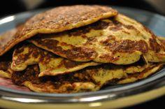 Mandellapper med kefir – food is my religion! Kefir, Lchf, Pancakes, Low Carb, Breakfast, Food, Religion, Morning Coffee, Essen