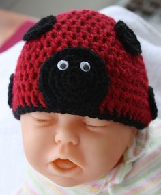 Ravelry: Lady Bug Beanie New Born pattern by Rachel Pascoe I am going to try to start making these cute baby hats.