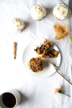 Pumpkin spice chocolate muffins with maple cream cheese icing //Fall recipes // For more fall flavors check out www.plated.com/menu