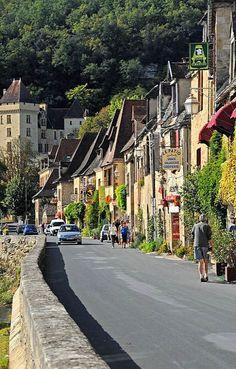 La Roque-Gageac in Nouvelle-Aquitaine, France