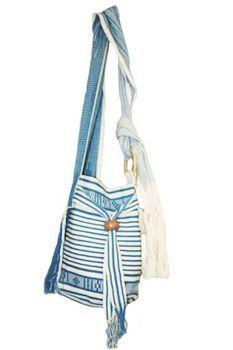 handmade in Colombia, Wayuu Taya bag