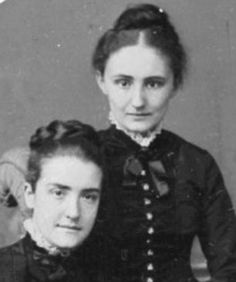 History's hidden gay couples whose 'outlaw marriages' helped America's greatest minds reach new heights. Here: Martha Carey Thomas (right), with her partner Mamie Gwinn, made history by creating the first graduate program in the U.S. that admitted women....who knew?