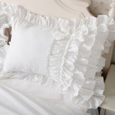10 of the Best Duvet Covers, According to Interior Designers Best Duvet Covers, White Duvet Covers, Luxury Duvet Covers, Duvet Cover Sets, Luxury Bedding, Cheap Pillows, Diy Pillows, Rideaux Shabby Chic, Teen Bedroom Designs