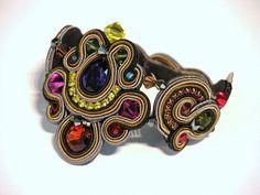 Glowing bracelet. #doricsengeri #bracelets #handmade #Jewelry