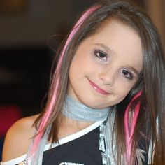 she annie she is so good at gymnastics oh the picture you see rite now is rock star molly