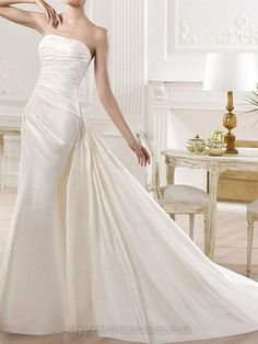 Trumpet/Mermaid Strapless Satin Court Train Ruched Wedding Dresses -GBP£174.89