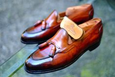 dandyshoecare: Edward Green by Alexander Nurulaeff - Dandy Shoe Carehttp://m.ebay.it/itm/331578127987?nav=SELLING_ACTIVE