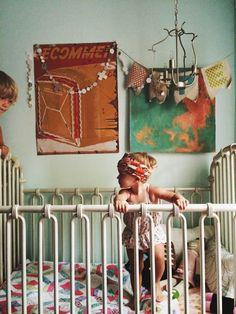 On+a+bien+des+enfants+qui+nous+ressemblent,+alors+pourquoi+ne+pas+aménager leur+chambre+selon+nos+goûts+?+Souvent,+la+chambre+d'enfant+est traitée+différemment+que+le+reste+de+la+maison.+De+manière+général,+il+est+bon+d'avoir+une+continuité+décorative…