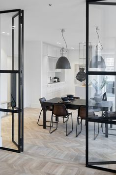 Lovely Modern Dining Room Decorating Ideas - Page 26 of 79 Room Inspiration, Interior Inspiration, Interior Architecture, Interior Design, Interior Modern, Interior Doors, Decor Scandinavian, Steel Doors, Steel Windows