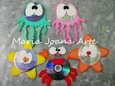 Maria Joana Arte: FOLCLORE E BICHINHOS DO MAR Cd Crafts, Ocean Crafts, Rainbow Crafts, Arts And Crafts, Craft Activities, Toddler Activities, Birthday Charts, 9th Birthday Parties, Stained Glass Birds